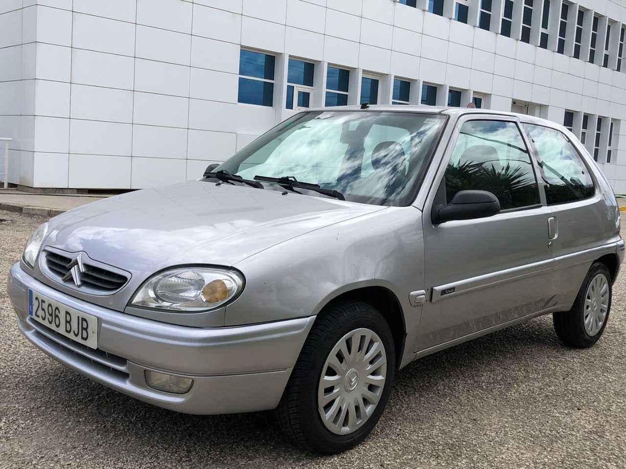 Citroën Saxo ocasión segunda mano 2001 Gasolina por 1.800€ en Málaga