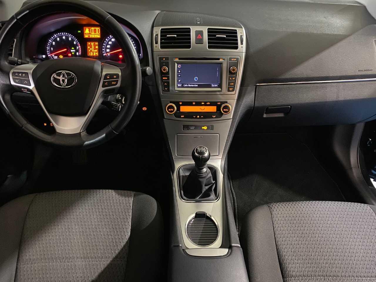 Foto Toyota Avensis 2
