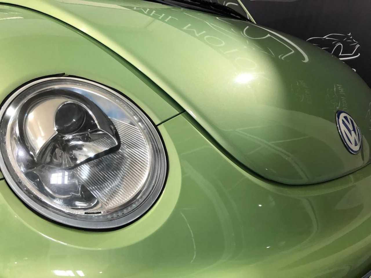 Foto Volkswagen New Beetle 12