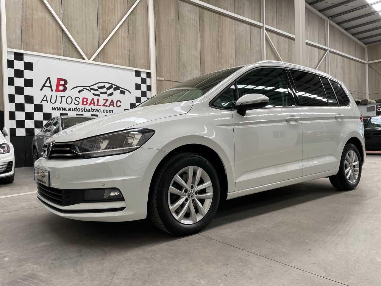Volkswagen Touran ocasión segunda mano 2018 Diésel por 19.990€ en Málaga