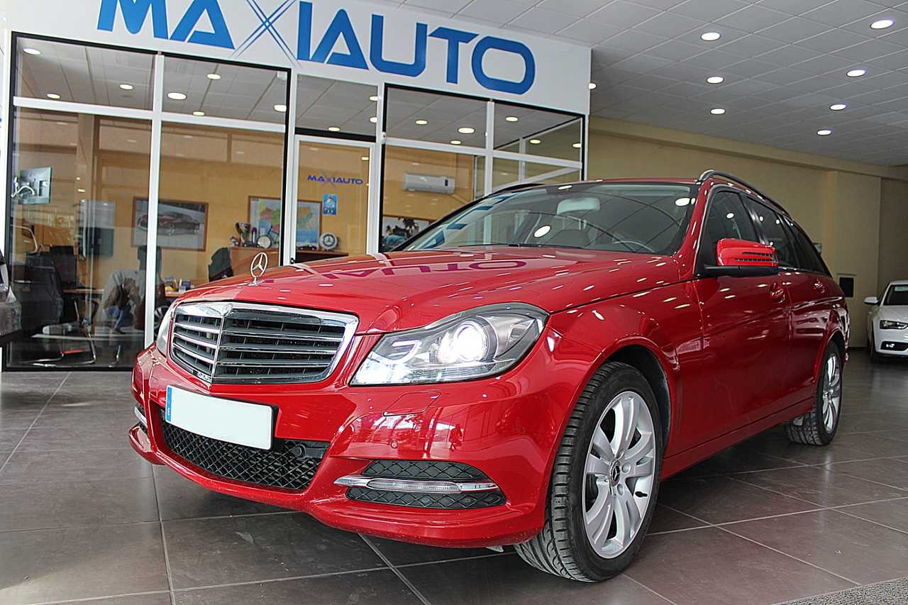 Mercedes-Benz Clase C Diésel en Baena