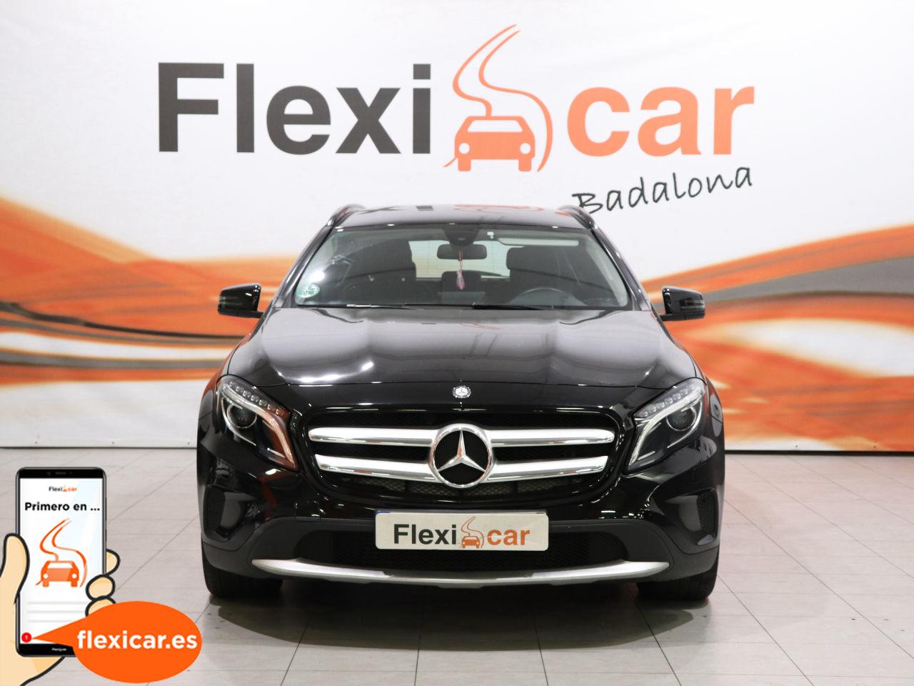 Foto Mercedes Benz GLA 2