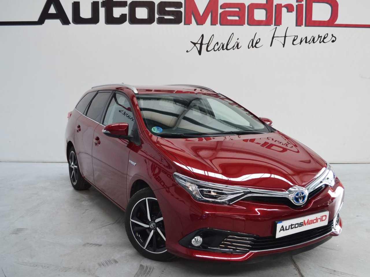 Toyota Auris Híbrido (Gasolina) en Alcalá de Henares