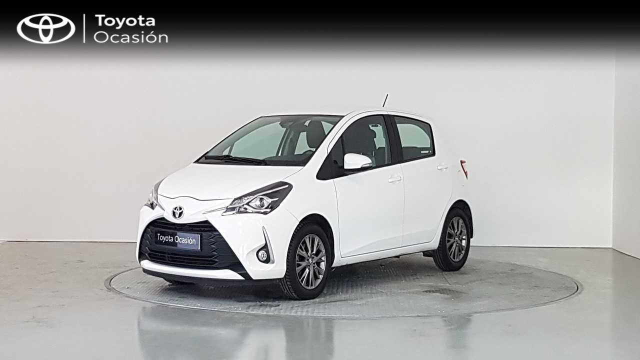Toyota Yaris ocasión segunda mano 2017 Gasolina por 12.290€ en Cádiz