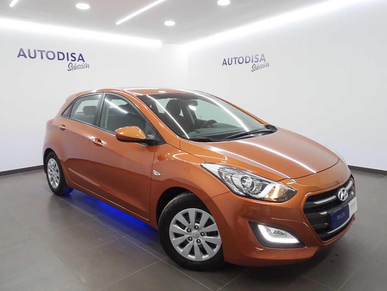 Hyundai i30 1.4 100CV