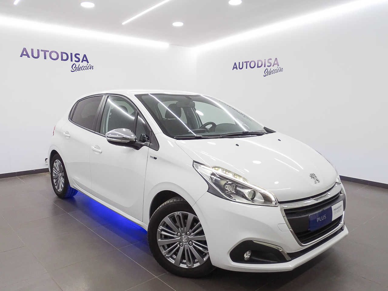 Peugeot 208 1.2 PURE  STYLE