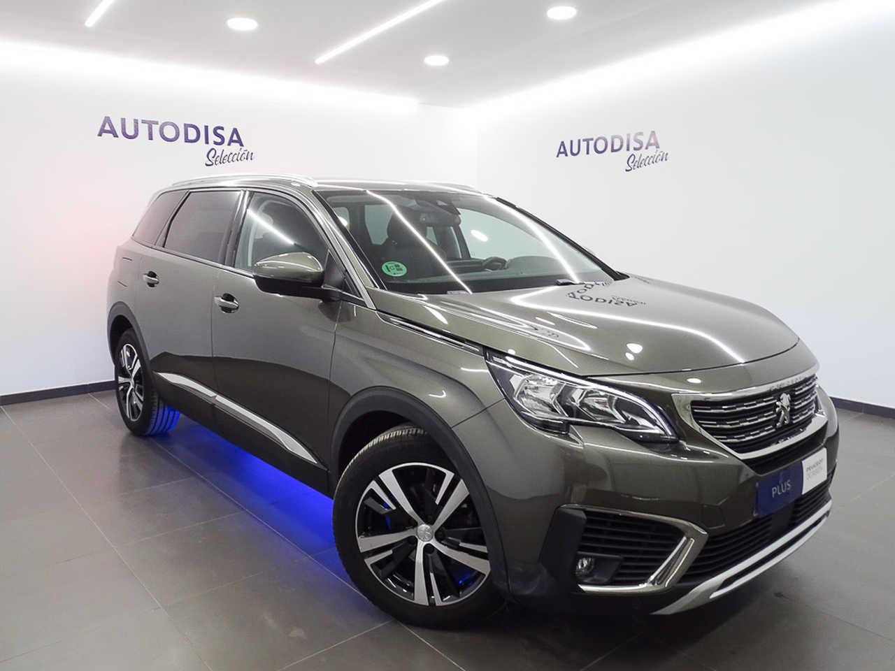 Peugeot 5008 1.2L PureTech ALLURE