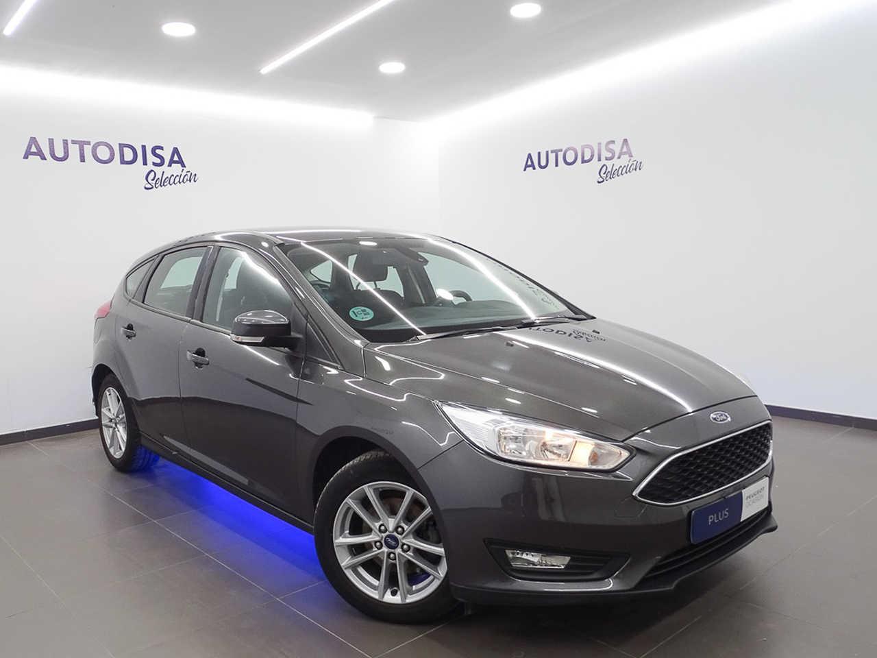Ford Focus ocasión segunda mano 2018 Gasolina por 11.495€ en Valencia