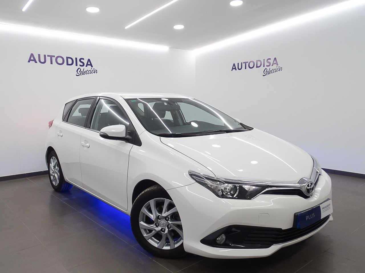 Toyota Auris ocasión segunda mano 2015 Diésel por 11.495€ en Valencia