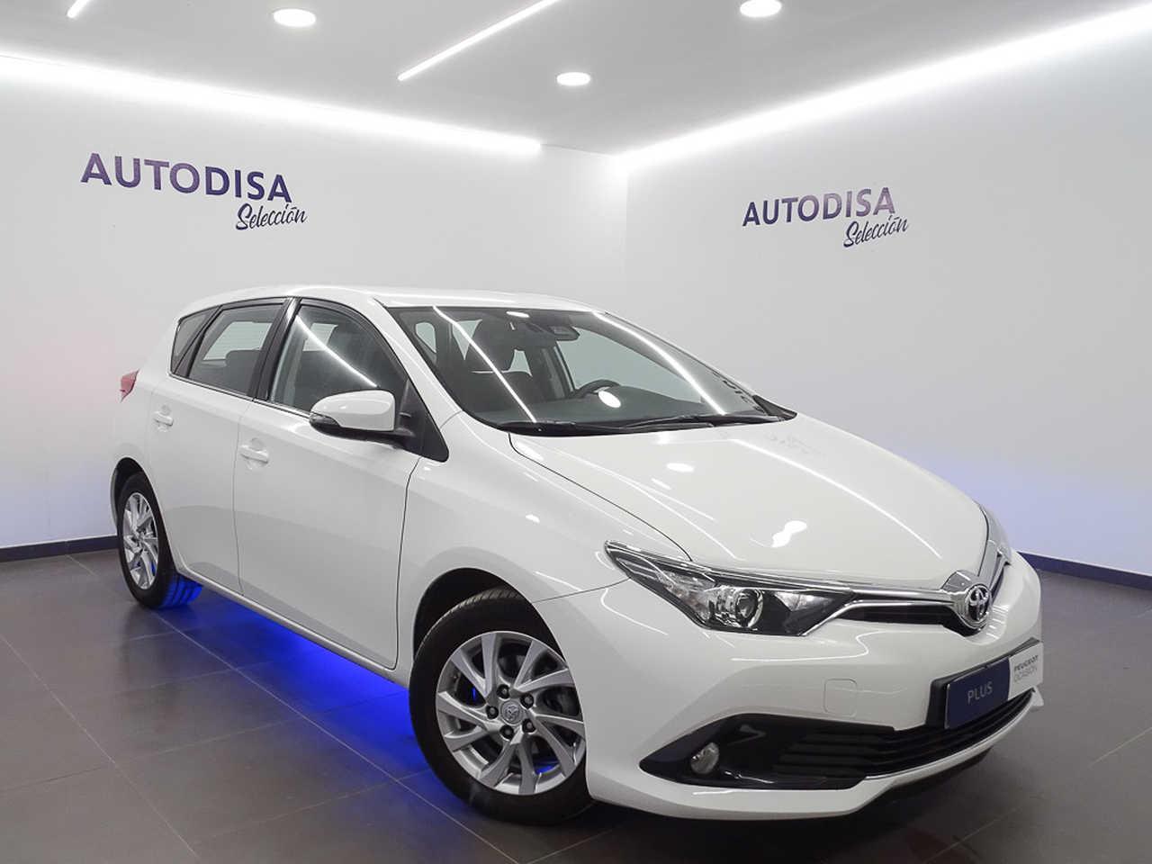 Array Toyota Auris 2018 Gasolina por 12.995€ en Valencia