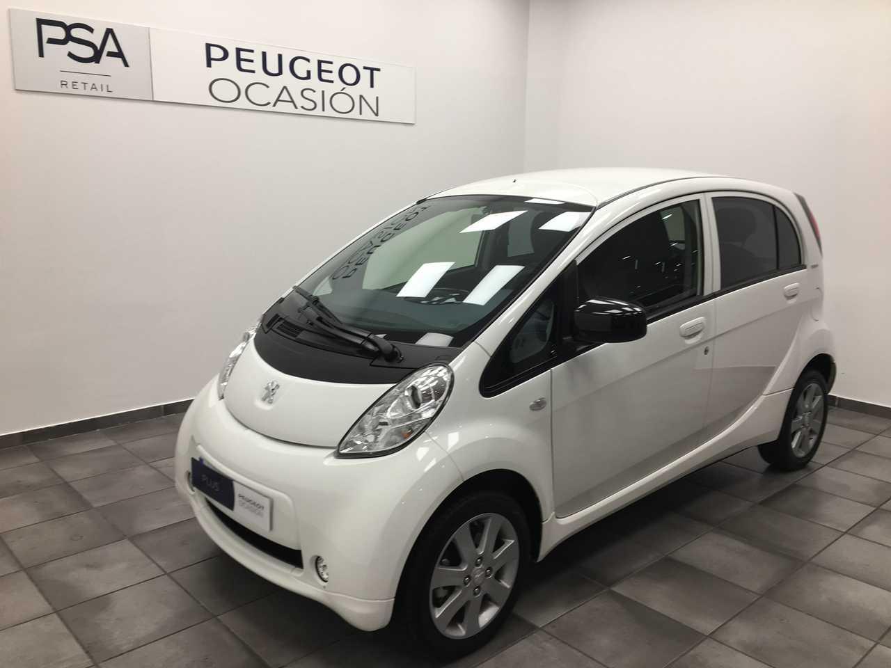 Foto Peugeot iOn 1