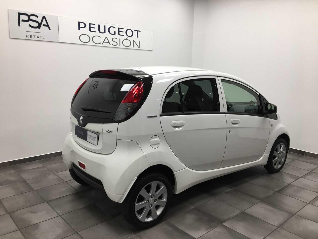 Foto Peugeot iOn 3