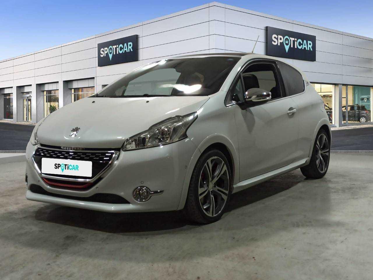 Peugeot 208 ocasión segunda mano 2015 Gasolina por 14.900€ en Barcelona