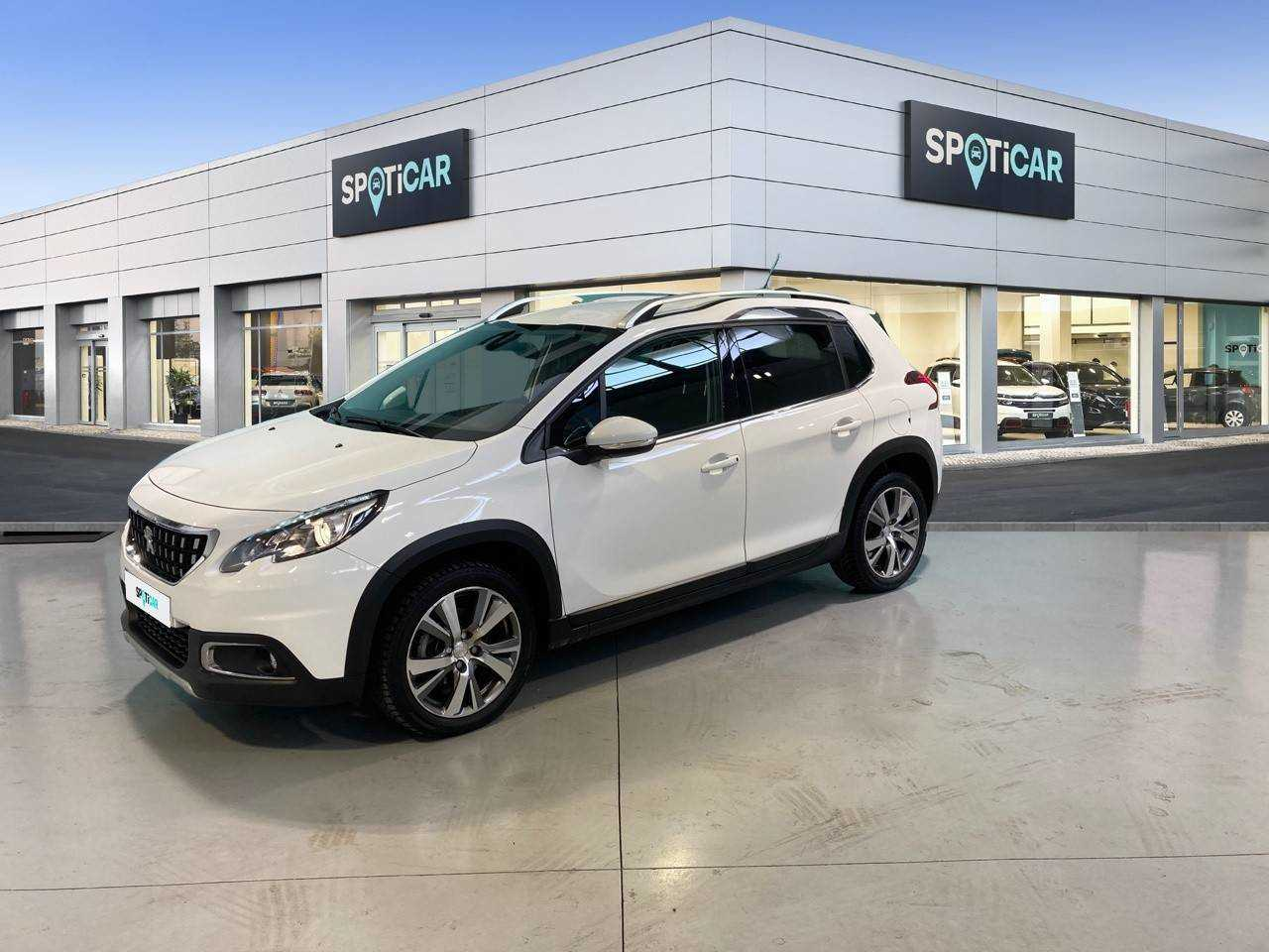 Peugeot 2008 ocasión segunda mano 2019 Gasolina por 17.800€ en Barcelona