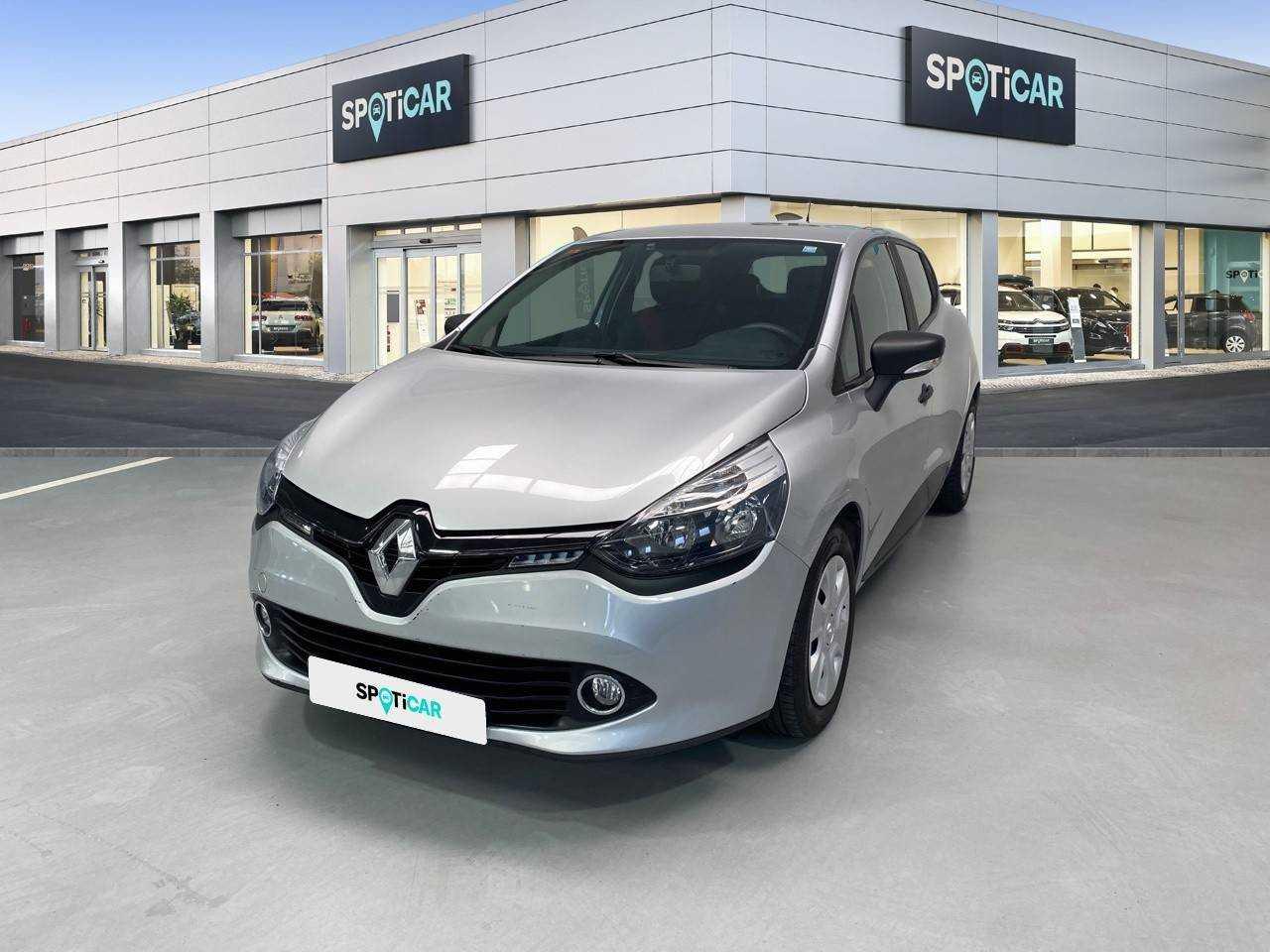 Renault Clio ocasión segunda mano 2018 Diésel por 12.900€ en Coruña