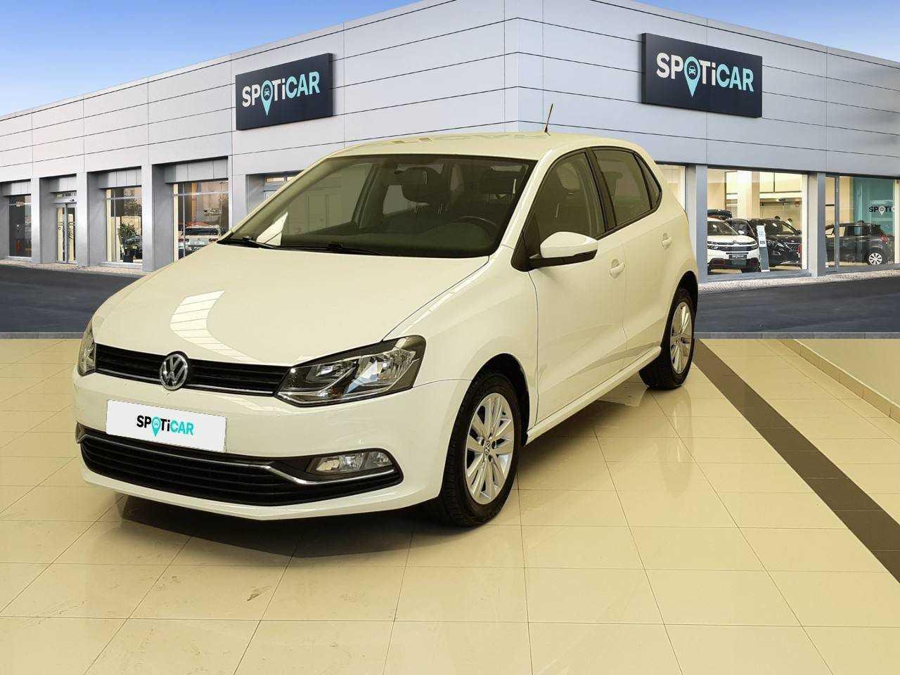 Volkswagen Polo ocasión segunda mano 2017 Gasolina por 13.700€ en Orense