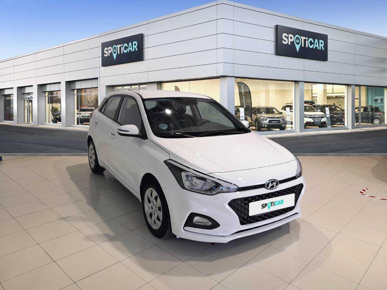 Hyundai i20 ocasión segunda mano 2019 Gasolina por 13.500€ en Baleares