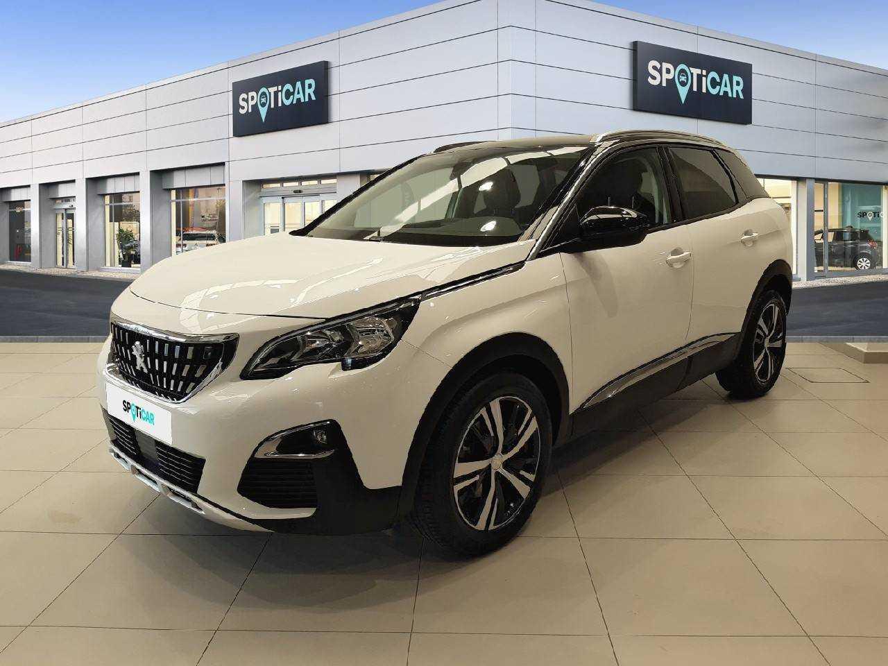 Peugeot 3008 ocasión segunda mano 2019 Gasolina por 24.690€ en Granada