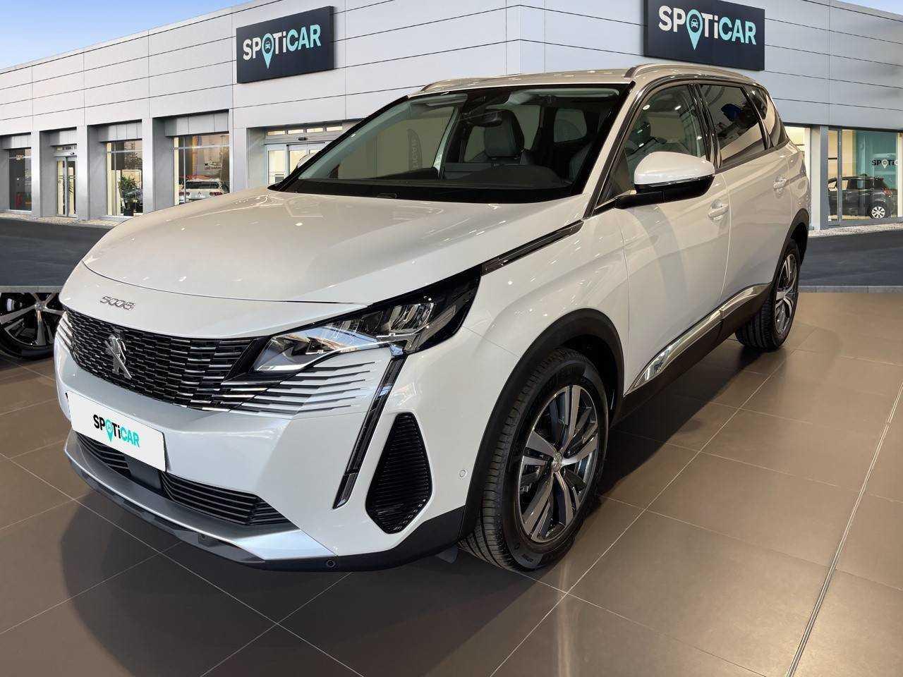 Peugeot 5008 ocasión segunda mano 2021 Diésel por 35.490€ en Almería
