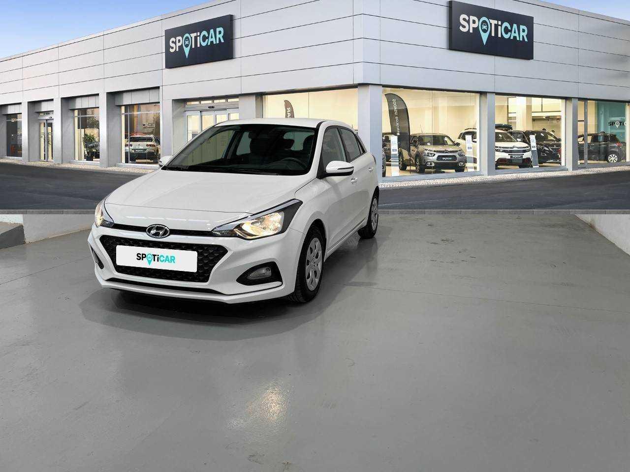 Hyundai i20 ocasión segunda mano 2020 Gasolina por 15.490€ en Almería