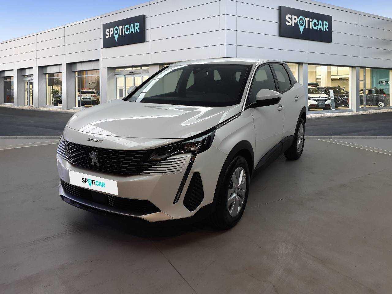 Peugeot 3008 ocasión segunda mano 2021 Gasolina por 31.500€ en Sevilla
