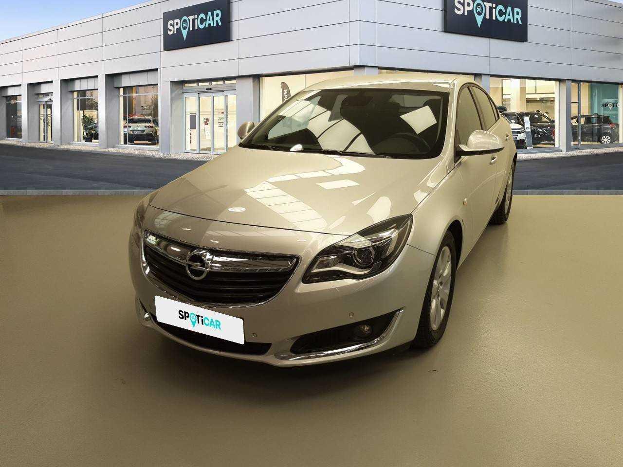 Opel Insignia  ocasión segunda mano 2017 Diésel por 12.500€ en Sevilla