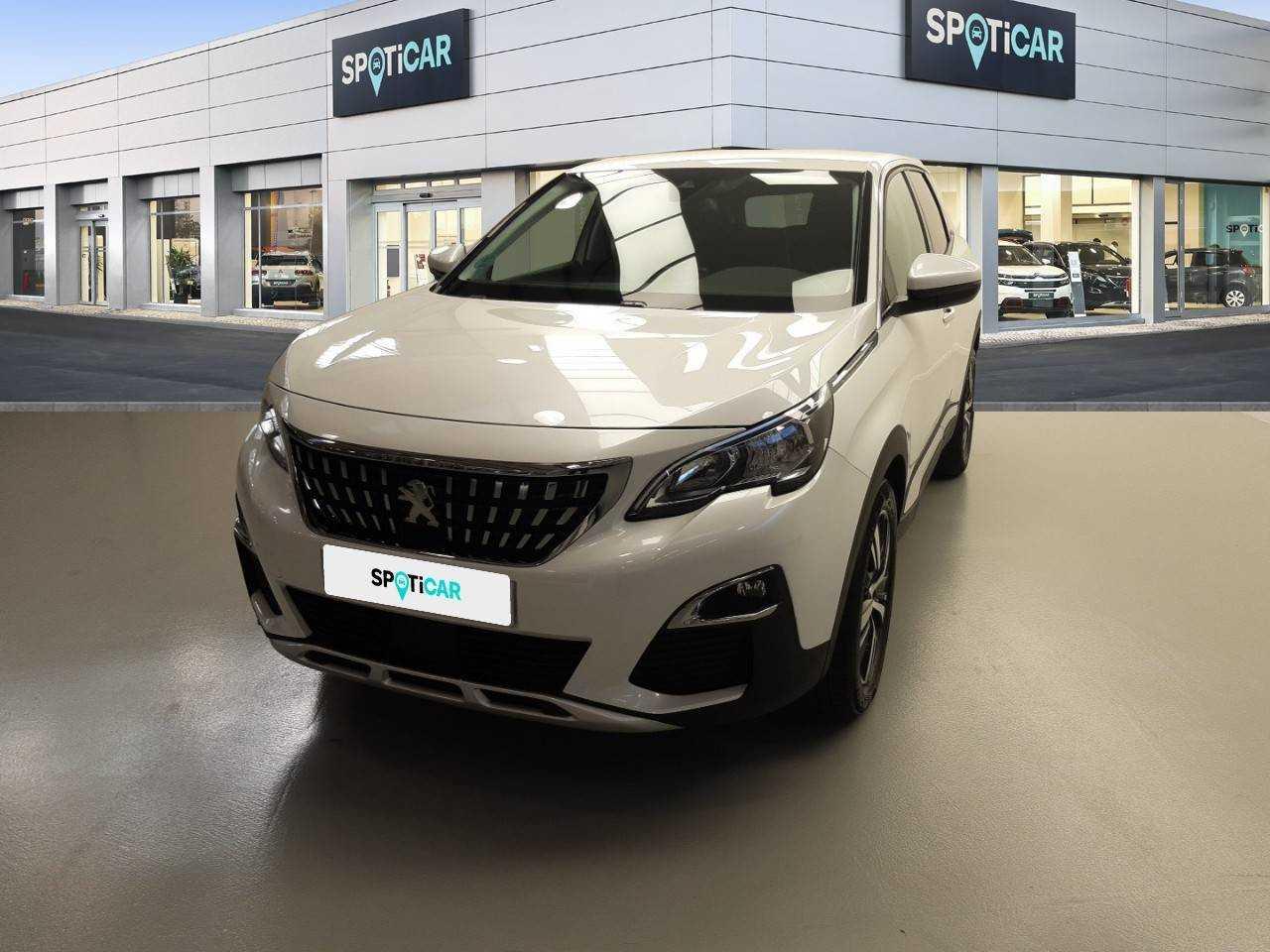 Peugeot 3008 ocasión segunda mano 2019 Gasolina por 25.500€ en Sevilla