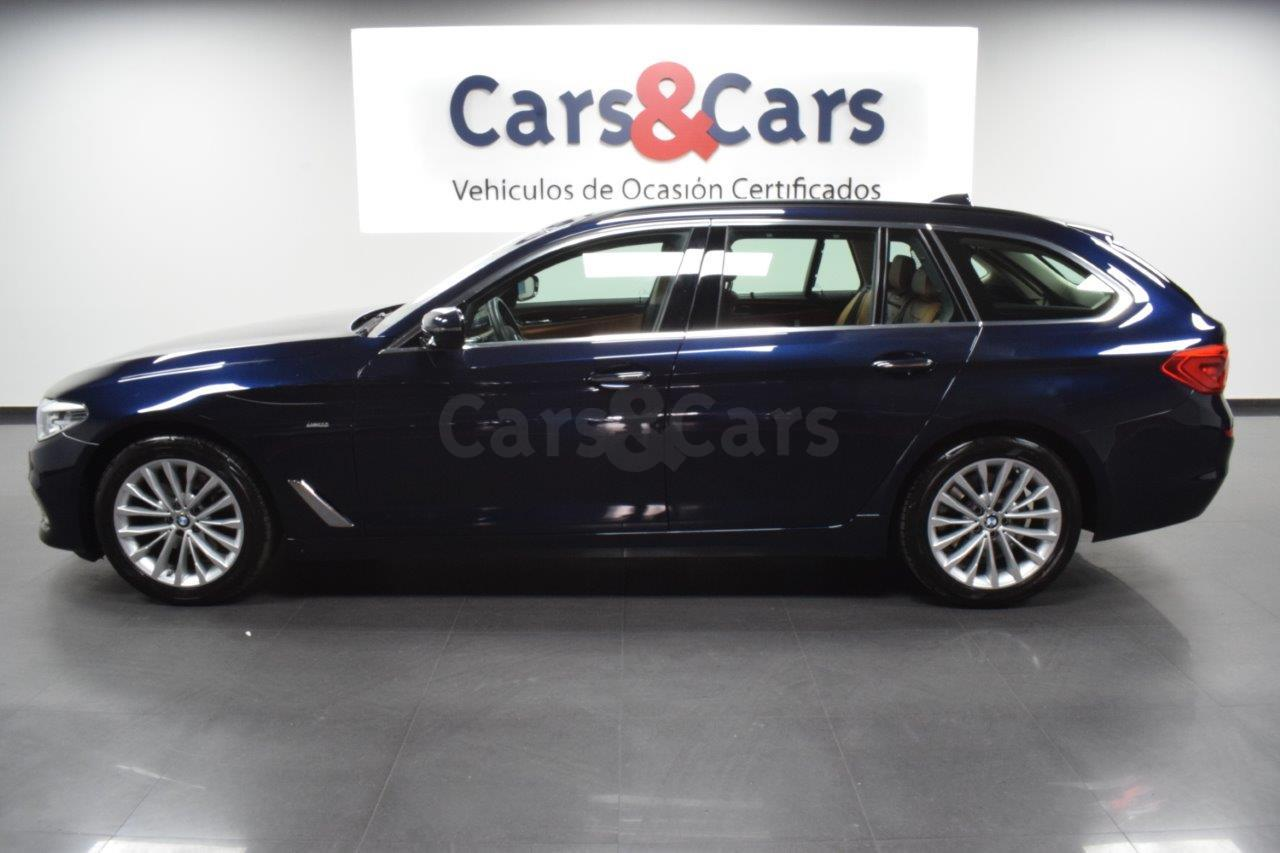 Foto 3 del anuncio BMW 520dA Touring - E 4382 KLD de segunda mano en Madrid