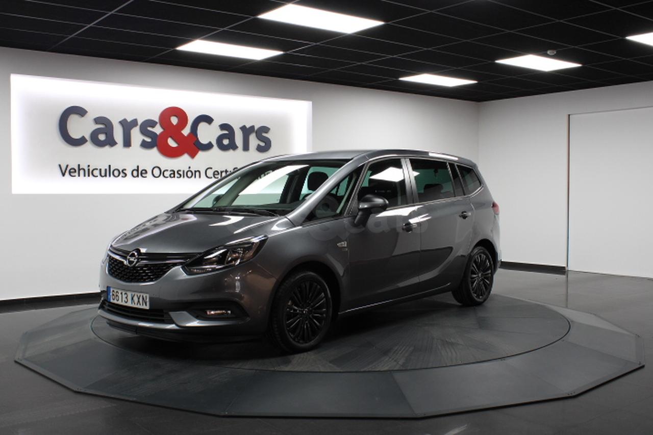 Opel Zafira ocasión segunda mano 2019 Gasolina por 16.495€ en Madrid