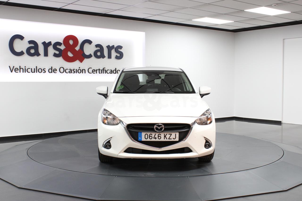 Foto 3 del anuncio MAZDA Mazda2 1.5 Skyactiv-g Black Te - E 0646 KZJ de segunda mano en Madrid