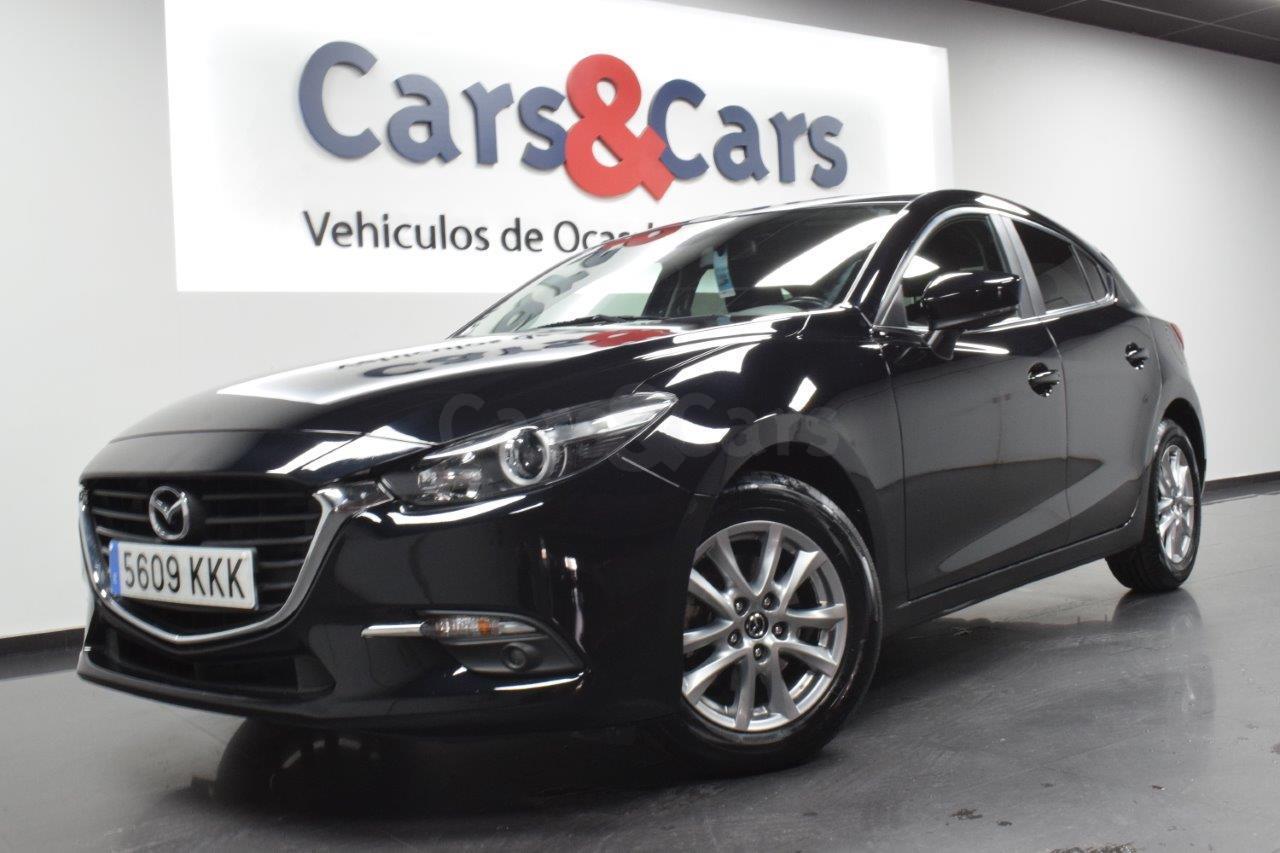 Mazda 3 ocasión segunda mano 2018 Gasolina por 15.995€ en Madrid